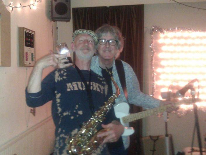 Sometime band members/honourable guests and good dudes Nick Powell  the grand master of twang and Mr Nigel Coombes the saxy beast himself !!
